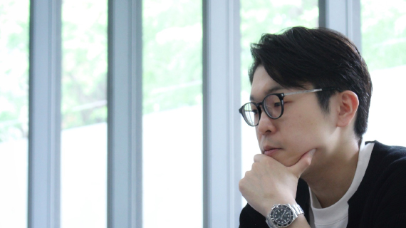 長谷川リョー『考えるを考える』 第8回 研究的実践者・安斎勇樹「問いのデザイン」が照射する思考法