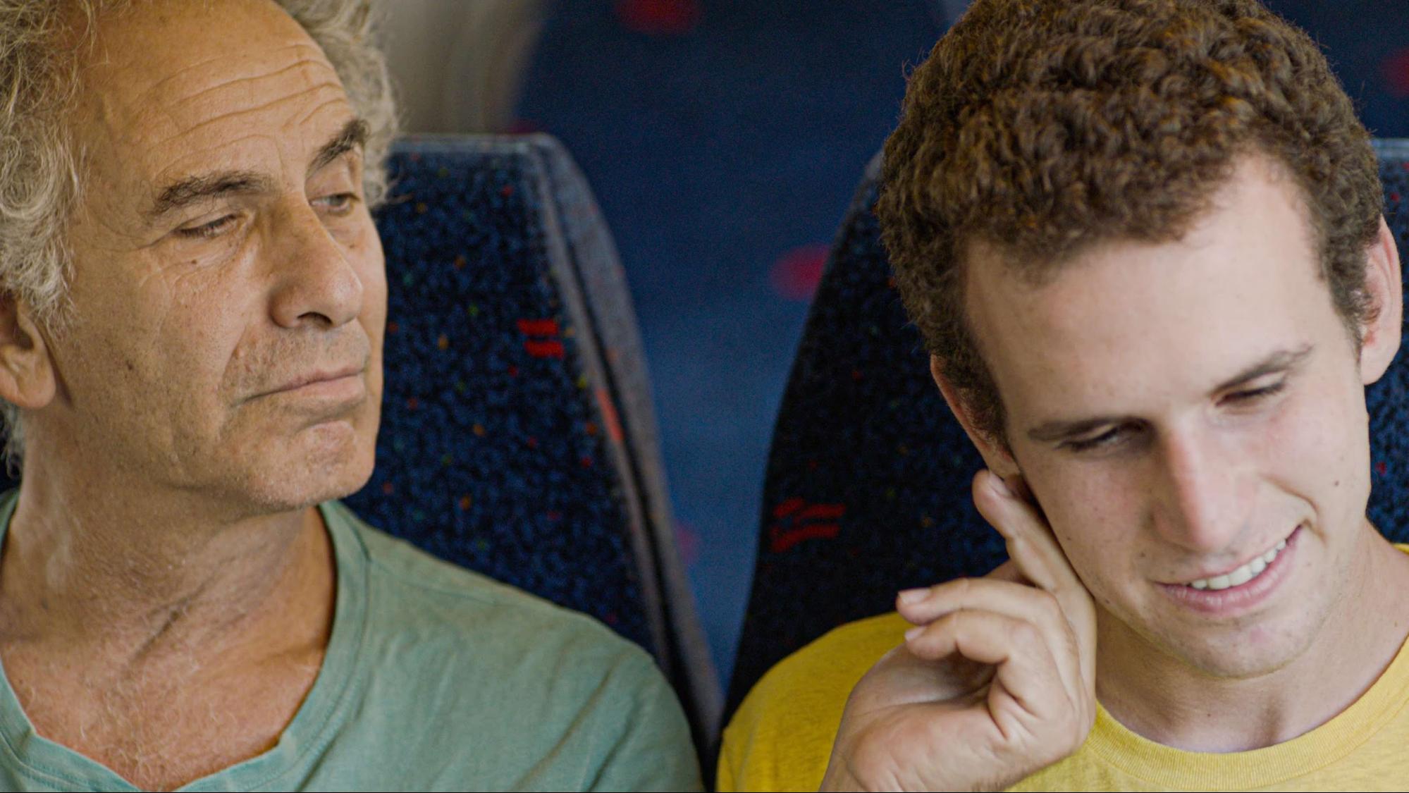 『旅立つ息子へ』──共依存の先にある親子の絆|加藤るみ